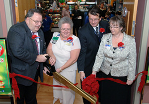 Lovell FHCC Patriot Store Ribbon Cutting